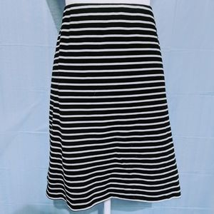 Old Navy stripped pencil skirt